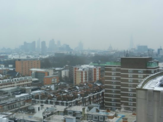 Pullman London St Pancras Hotel:                   View from a room facing Euston Rd on the 16th floor - fantastic!