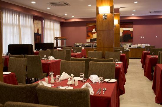 Seascape Hotel: Caspian Grill Restaurant