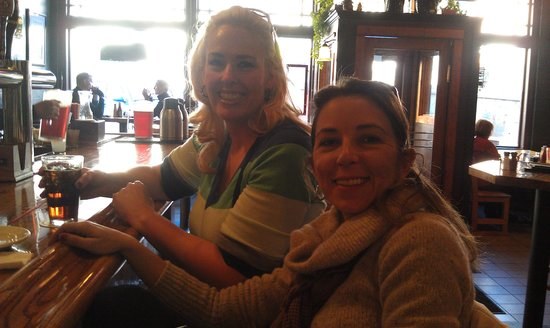 O'Brien's Pub & Grill: Karen and Chariry at the bar
