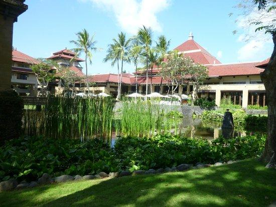 INTERCONTINENTAL Bali Resort: Jardins