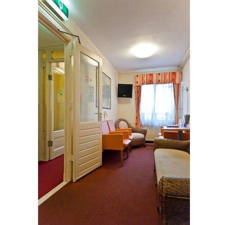 King Hotel: Lounge