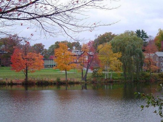 Lower Lake Picture Of Mount Holyoke College South Hadley