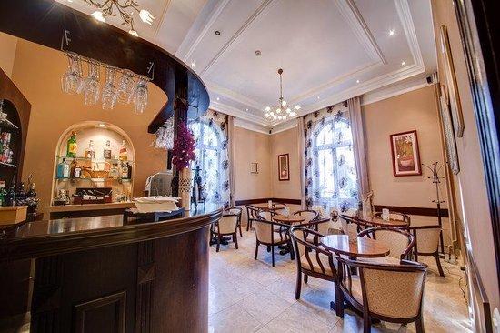 Amzei Hotel: Bar