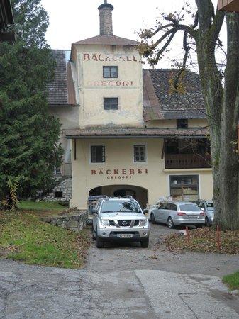 Hotel Restaurant Zollner :                   Магазин эко-продуктов