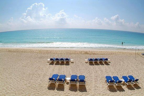 Royal Solaris Cancun: The Beach