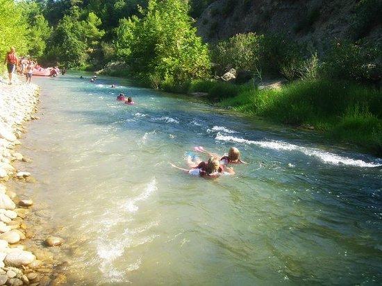Novaraft:                   Body rafting for kids