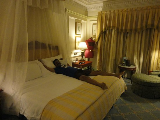 ITC Windsor, Bengaluru:                   The bedroom