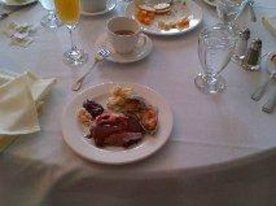 Sunday Brunch Picture Of Glenerin Inn Mississauga Tripadvisor