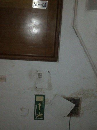 Abhishek The Hotel:                                     21