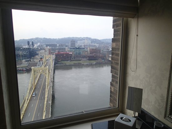 Renaissance Pittsburgh Hotel: more views