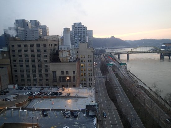 Renaissance Pittsburgh Hotel: view out of one side of room 1208. Allegheny River