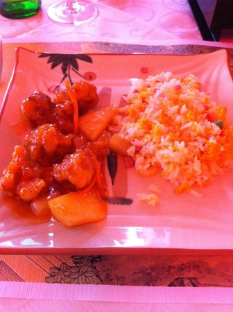Wong Ho: Maiale in salsa agrodolce e riso cantonese