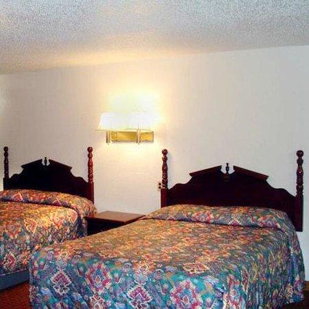Interstate Motel Guthrie: Guest Room