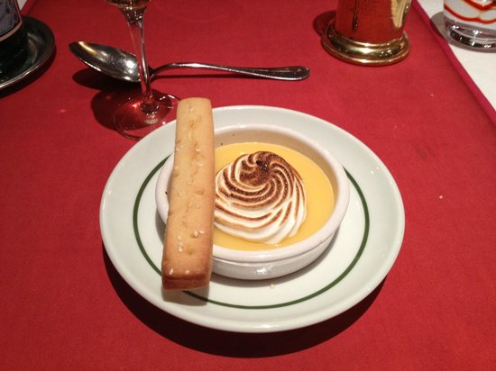 L'OURS BLANC RESTAURANT:                   Restaurant L'Ours Toetje.