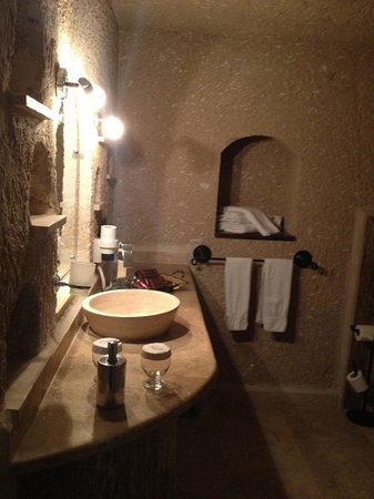 MDC Hotel: Bathroom