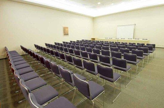 City Express Lazaro Cardenas: Cityexpress Lazaro Cardenas Salon Eventos