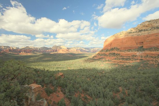 L'Auberge de Sedona:                                     Sedona area - Hiking view