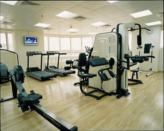 Number One Tower Suites: Gym