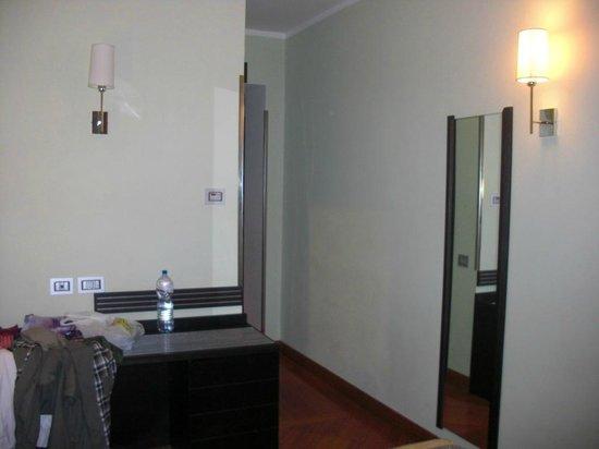 Hotel Memphis:                                     Room