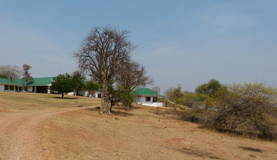 Sanctuary Chichele Presidential Lodge: Sicht auf Bungalow 10