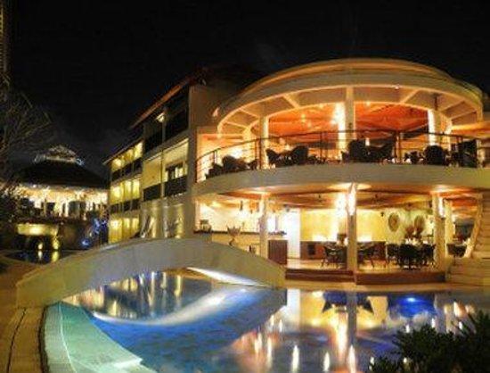 The Camakila Legian Bali: Azaa Restaurant
