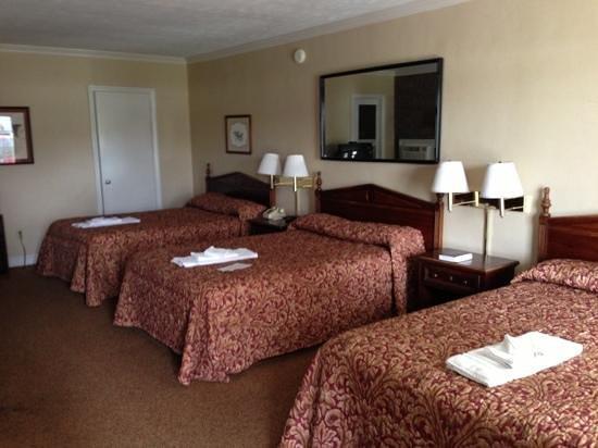 Ambassador Inn:                   a 3 bed room.
