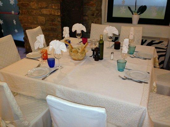 Trattoria Camozzi da Claudio : tavolo ristorante