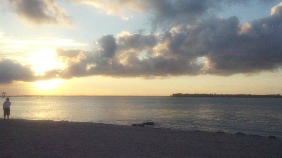 DoubleTree by Hilton Hotel Grand Key Resort - Key West:                   Sunrise