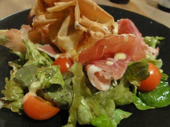 La Ferme des Trois Capucines :                   Baked cheese starter