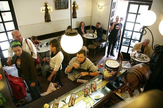 La Pubilla del Taulat: vista del bar
