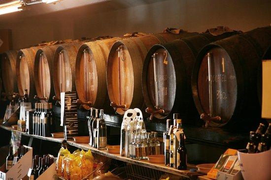 La Pubilla del Taulat: bodega de vinos a granel y embotellados
