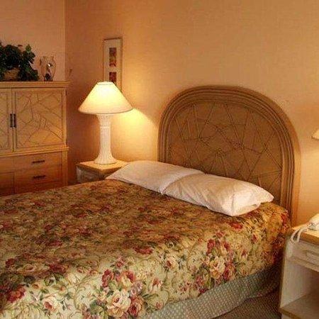 Kona Islander Inn: Interior