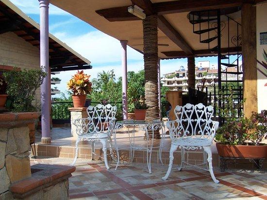 Hotel Yazmin:                   patio on 3rd floor