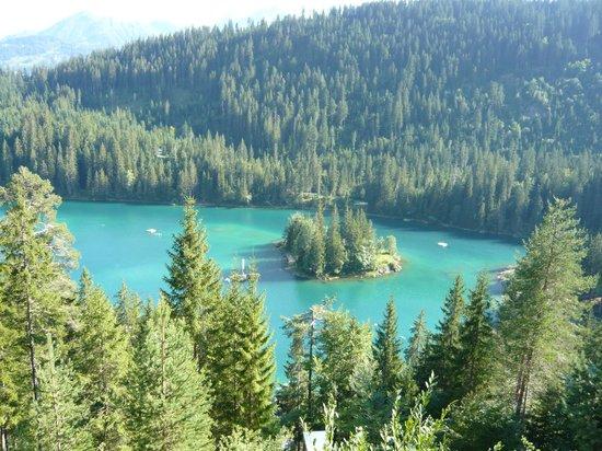 Caumasee:                   Lake from the walking path