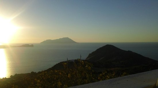 Utopia Cafe:                   Beautiful sunset view