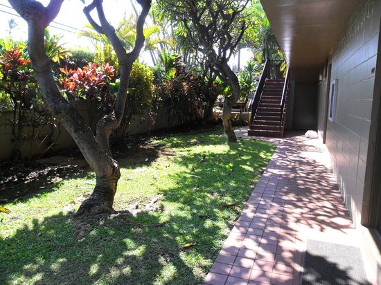 Noelani Condominium Resort:                   COurtyard outside door in unit