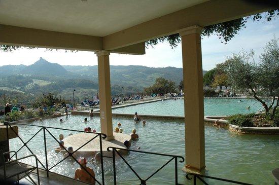 Hotel Posta Marcucci:                   Lo spazio coperto dove ci sono le sale spa