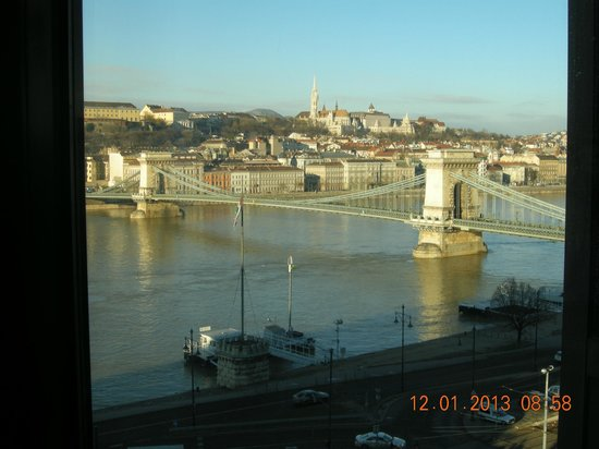 Sofitel Budapest Chain Bridge:                   View from the room on the 7th floor-Chain Bridge