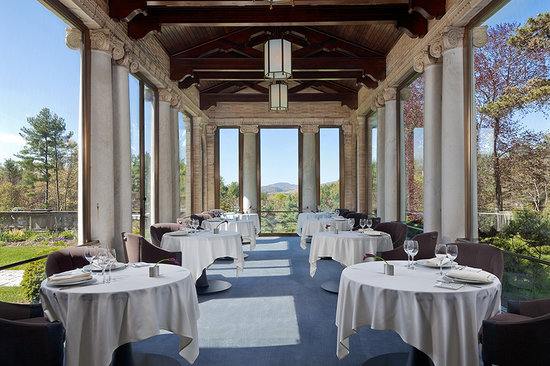 Wheatleigh: Dining Room Portico
