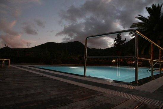 Hotel Rural El Mondalon:                   Pool