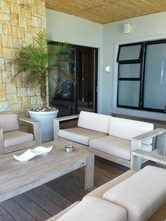 The Alexander:                   reception area outdoor lounge