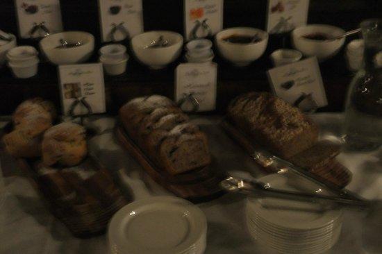 Skeffington Arms Hotel:                   freash scones