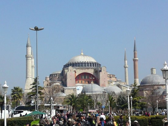 Sultan Otel:                                     Hagia Sophia, Short Walk from Hotel