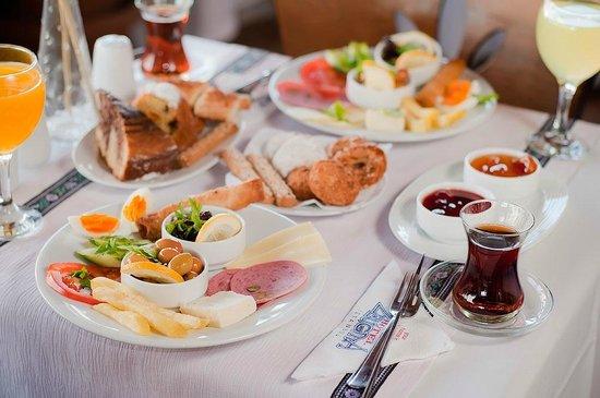 ZeugmaCity Hotel: Breakfast
