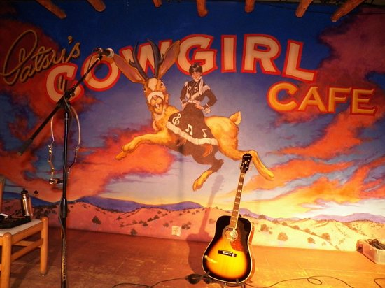 Patsy's Cowgirl Cafe:                   view of stage