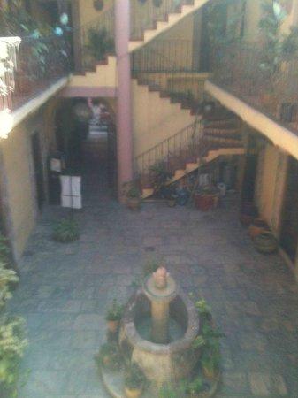 Hotel Posada San Miguelito:                   Courtyard
