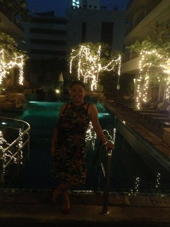 Sabai Wing:                   poolside at night