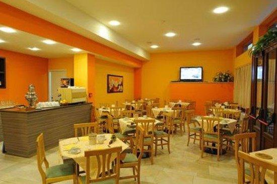 Primavera Hotel : Dining Area
