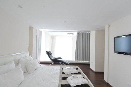Island Suites Hotel: Island Duplex Bedroom