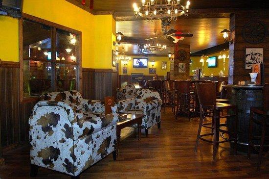 Ramee California Hotel: Club Buffalo